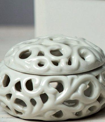 scatolina traforata porcellana
